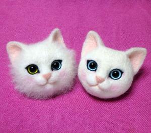 羊毛フェルト 猫顔ブローチ 白猫 1day
